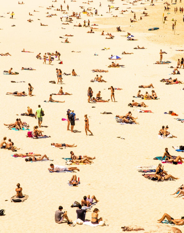 Viele Menschen am Strand